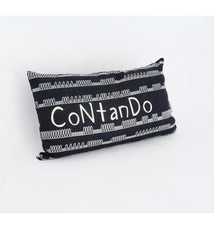Cojin-Contando-Negro-con-Blanco