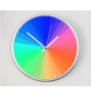 Reloj-decorativo-de-pared-con-diseño-O-Clock--Prismatic-.