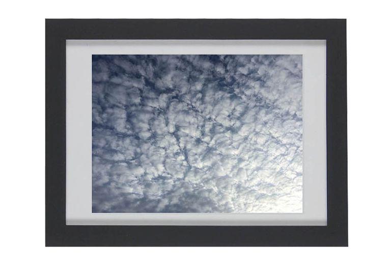 Cuadrícula de nubes marco negro - elmobiliario