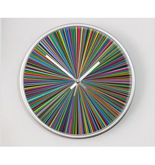 Reloj-decorativo-de-pared-con-diseño-O-Clock--Color-Threads-.